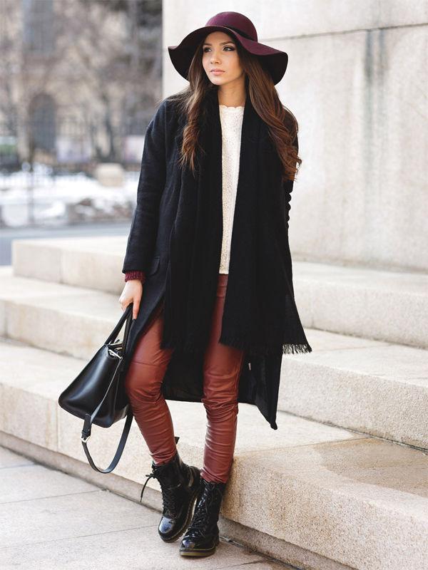 Бордовая шляпа с широкими полями — то, что нужно любой моднице